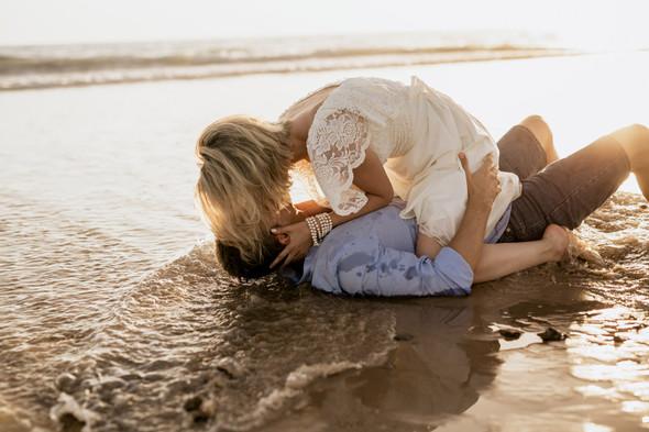 Пляжная послесвадебная съемка и Испании - фото №29
