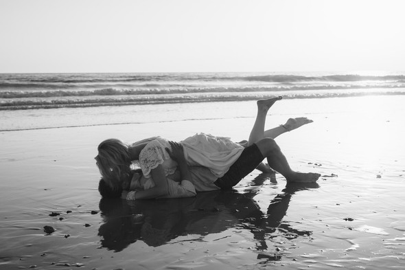 Пляжная послесвадебная съемка и Испании - фото №27