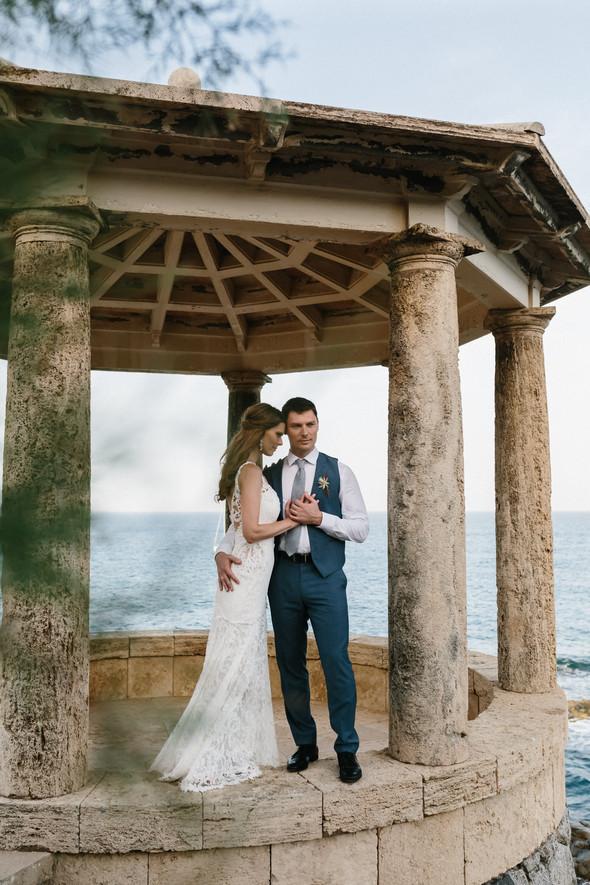 Красивая испанская свадьба на побережье - фото №79