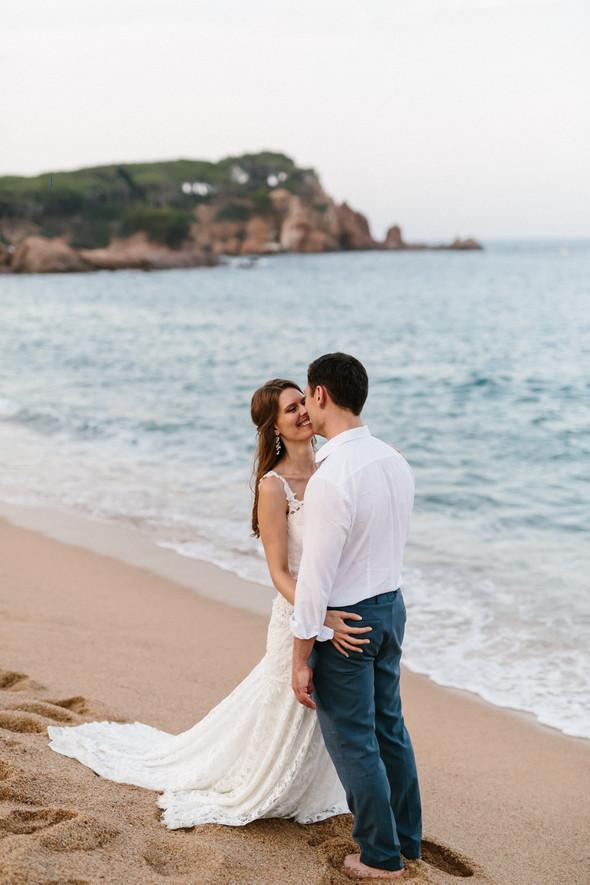 Красивая испанская свадьба на побережье - фото №87