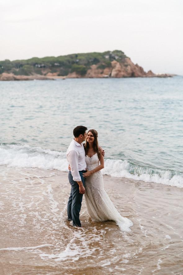 Красивая испанская свадьба на побережье - фото №90