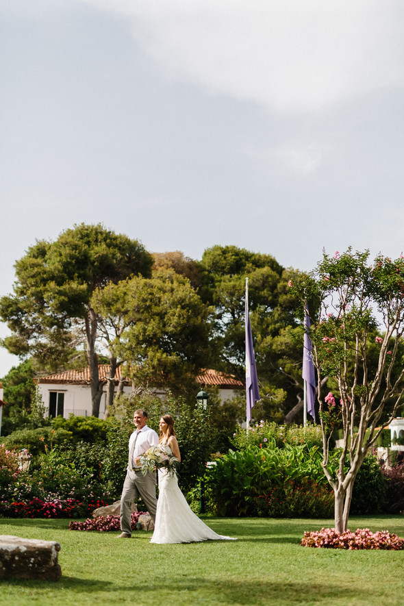 Красивая испанская свадьба на побережье - фото №42