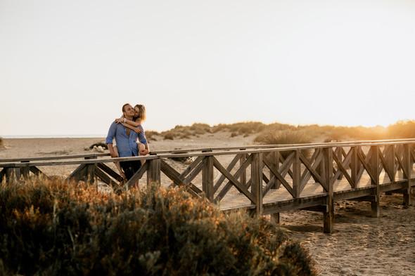 Пляжная послесвадебная съемка и Испании - фото №45
