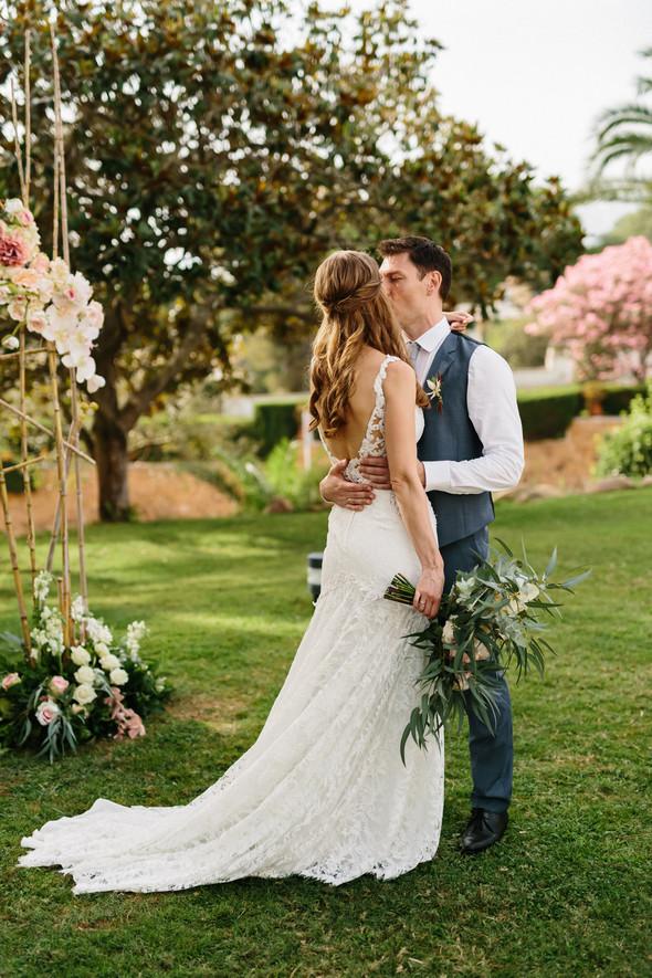 Красивая испанская свадьба на побережье - фото №57