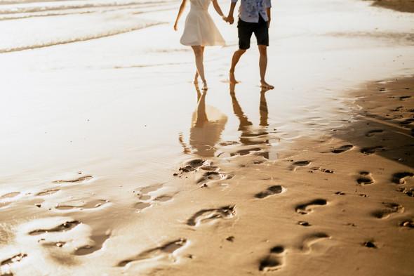 Пляжная послесвадебная съемка и Испании - фото №20