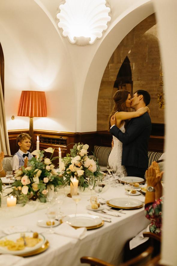 Красивая испанская свадьба на побережье - фото №102