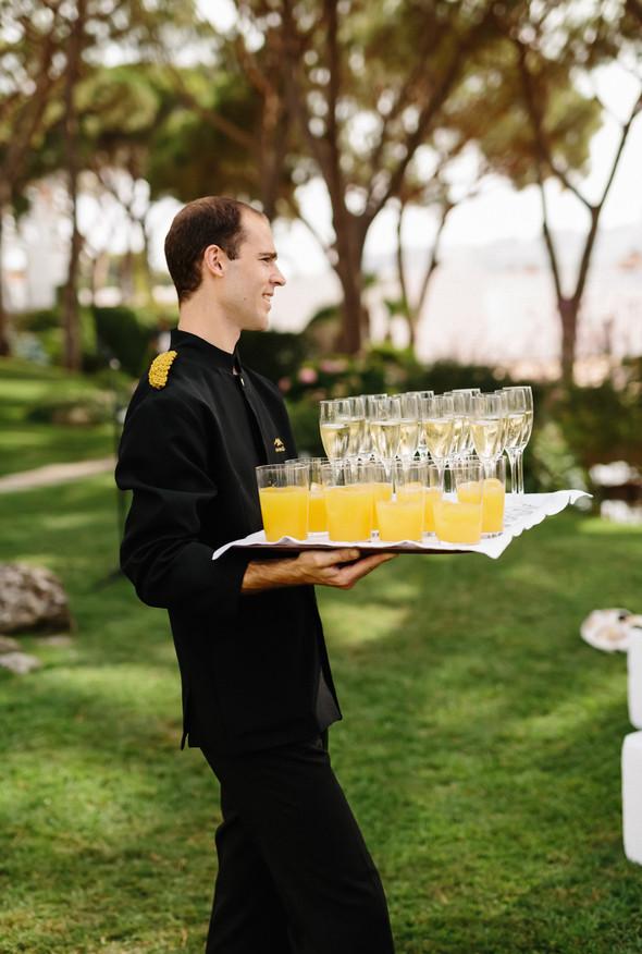 Красивая испанская свадьба на побережье - фото №58