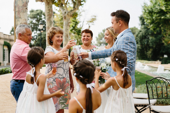 Испанская семейная свадьба на вилле недалеко от Барселоны - фото №46