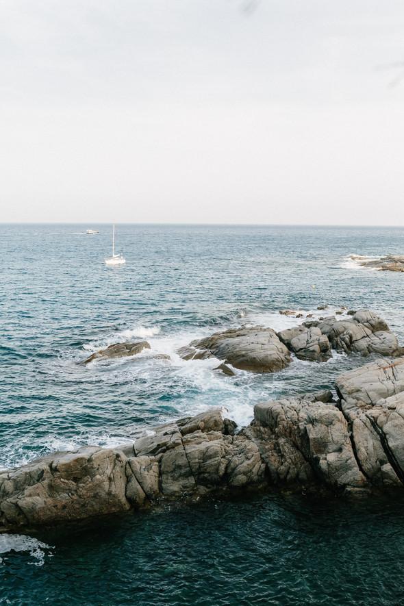 Красивая испанская свадьба на побережье - фото №78