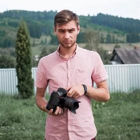 Фотограф Ваня Доровский