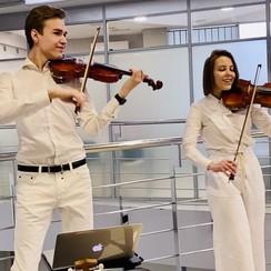 Дуэт скрипачей #TanyaDanya - фото 1