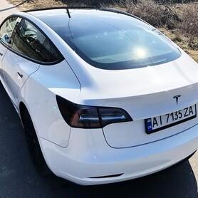 242 Авто на свадьбу TESLA Model 3 (ТЕСЛА) белая - авто на свадьбу в Киеве - портфолио 3