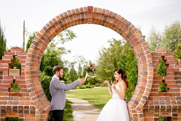 8.09 wedding day - фото №35