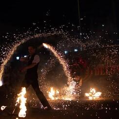 Фаер шоу, Огненное шоу, Огненный театр Делоникс - артист, шоу в Кривом Роге - фото 4