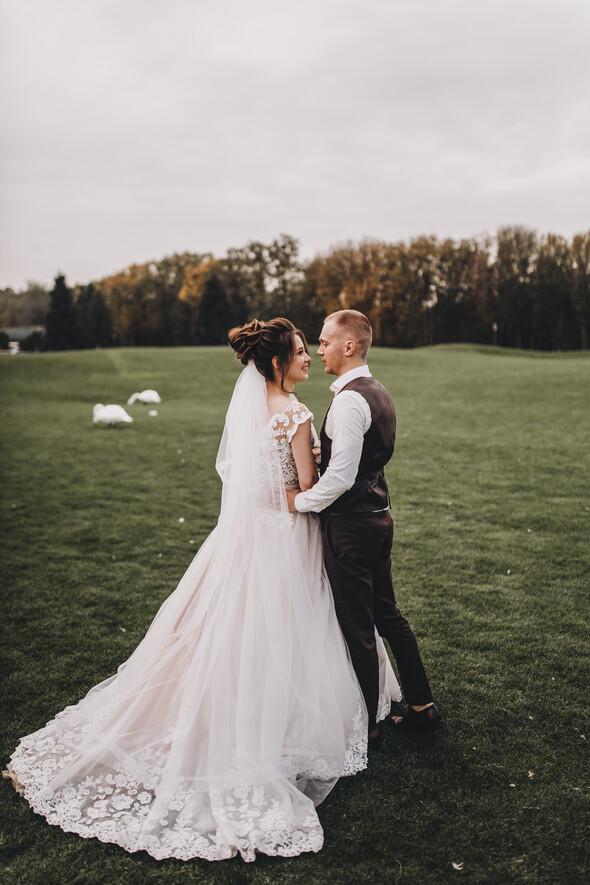 Свадебная фотосессия в Межигорье - фото №13