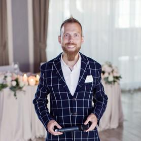 Максим Райт