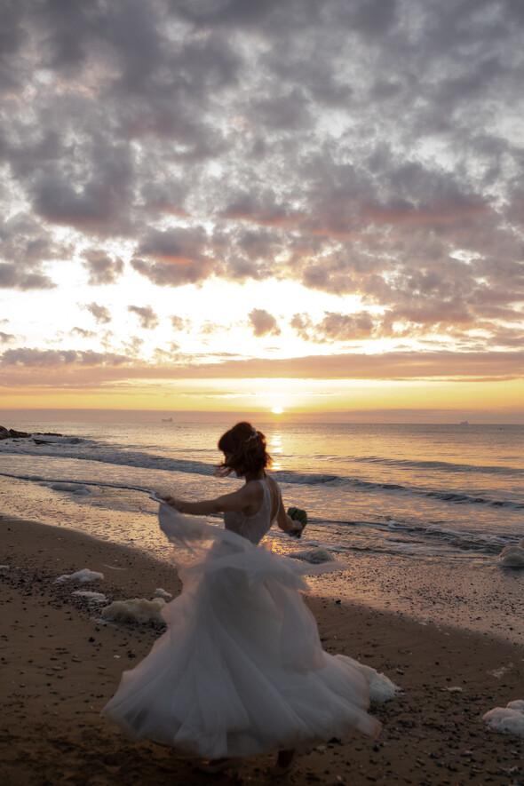 Свадьба на рассвете и венчание - фото №1