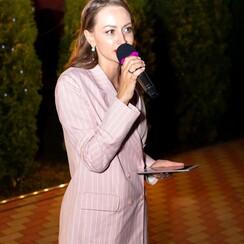 Елена Пичкур - ведущий в Киеве - фото 1