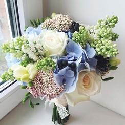 April flowers - фото 1