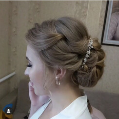 Favorite beauty salon - стилист, визажист в Костополе - фото 3