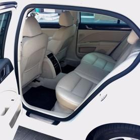 Skoda Superb white 4X4 - авто на свадьбу в Днепре - портфолио 2