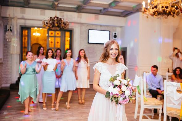 Милая семейная свадьба - фото №41