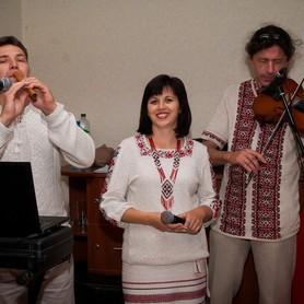 "Троїсті музики ""Одна родина"" - музыканты, dj в Запорожье - портфолио 1"