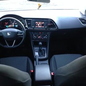 Seat Lion - авто на свадьбу в Харькове - портфолио 3