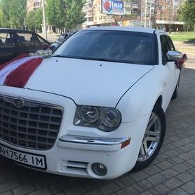 Свадебный Chrysler 300С белый, заказ авто - авто на свадьбу в Донецке - портфолио 4