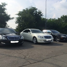 Mercedes S-class Чорна і біла - авто на свадьбу в Хусте - портфолио 6