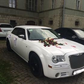 Chrysler 300C & Mercedes w211 - авто на свадьбу в Хусте - портфолио 2