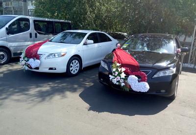 Сергей Свадебный Кортеж прокат Авто на свадьбу Toyota Cam - фото 1
