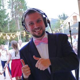 DJ (Ди-джей на свадьбу Винница) DJ Madis