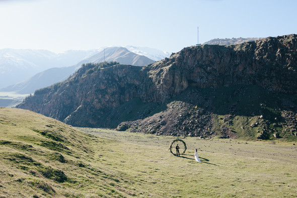 Georgia - a country of mountains... - фото №24