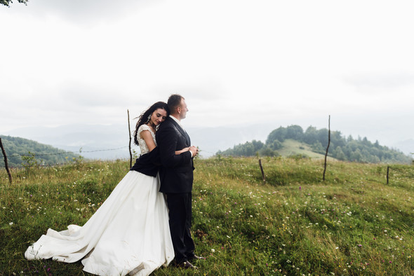 Весільна зйомка в горах для Клюши та Дениса - фото №43