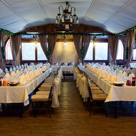 Ресторан для свадьбы на воде «Замок Выдубичи» - ресторан в Киеве - портфолио 1