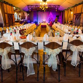 Ресторан для свадьбы на воде «Замок Выдубичи» - ресторан в Киеве - портфолио 5