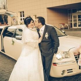 Chrysler 300C - авто на свадьбу в Киеве - портфолио 1