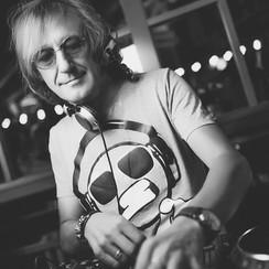 Аркадий Плужаров - музыканты, dj в Одессе - фото 1