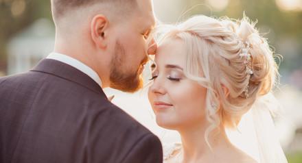 Закажи фото и видео своей свадьбы на целый день и получи скидку.