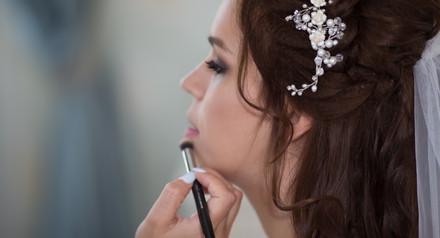 При заказе пакета Ultra получи свадебный образ ( макияж и причёску) в подарок