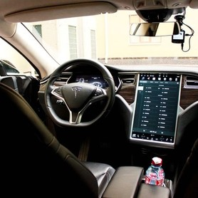 TESLA Model S90d - авто на свадьбу в Киеве - портфолио 5