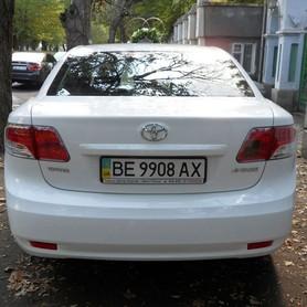Toyota Avensis белая  - портфолио 5