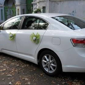 Toyota Avensis белая  - портфолио 2