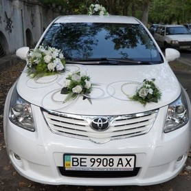 Toyota Avensis белая  - портфолио 4