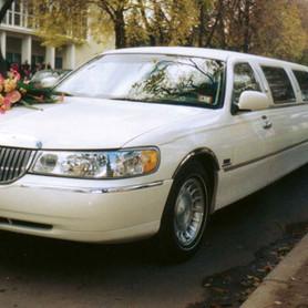 Lincoln Town Car Executive Series - авто на свадьбу в Полтаве - портфолио 1