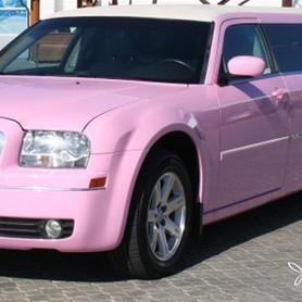 Рожевий Лімузин Крайслер С300 - авто на свадьбу в Ивано-Франковске - портфолио 6