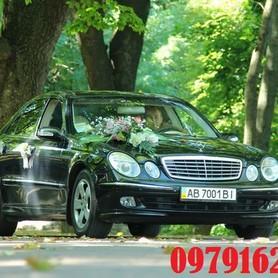 Мерседес 211 - авто на свадьбу в Виннице - портфолио 6