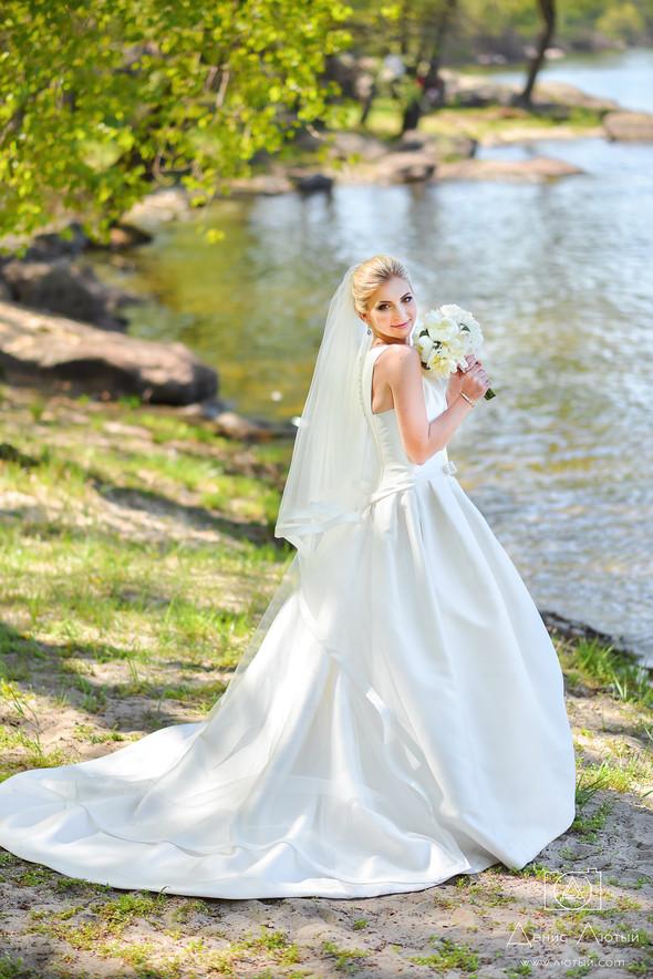 Красивая свадьба в классическом стиле Юлии и Виталия - фото №15