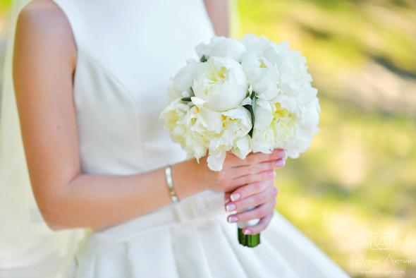 Красивая свадьба в классическом стиле Юлии и Виталия - фото №14